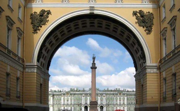 Экскурсия в Санкт-Петербург на