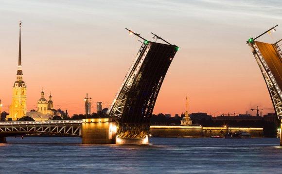 гид по Санкт-Петербургу и
