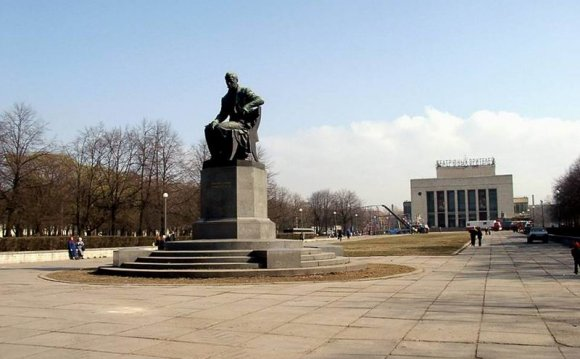 Санкт-Петербург, памятник