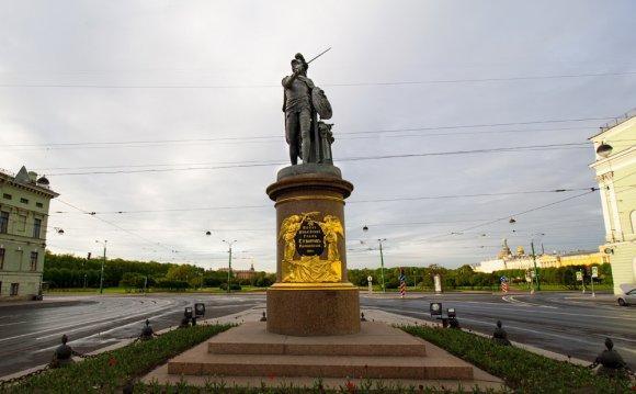 Памятник А.В.Суворову на